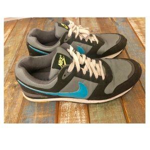 Men's Nike Sneakers. UGC. Size 11.
